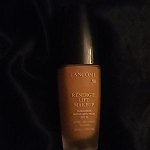 Lancome Renergie Lift Foundation